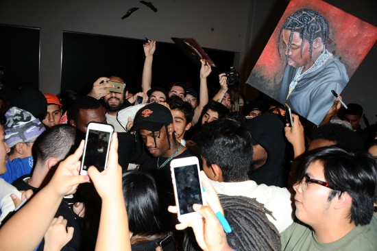 Travis Scott Crowd at LA Pop-Up.JPG